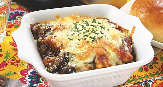 We have posted the recipes. レシピサイトを更新しました。「Eggplant and Chicken Curry Cheese Bake / なすとチキンのカレーチーズ焼き」